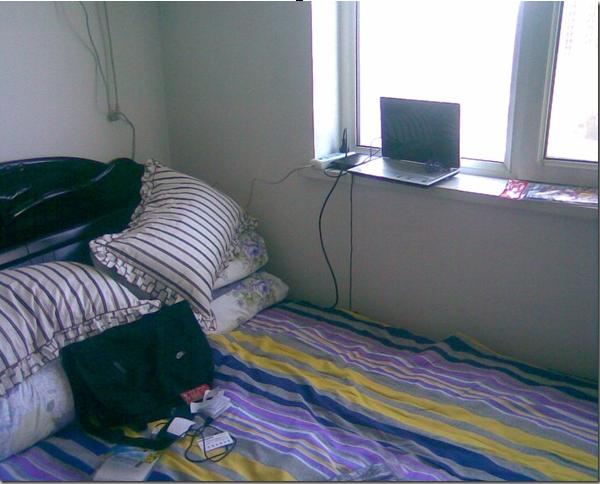 离开电脑就活不了的我,睡内侧。